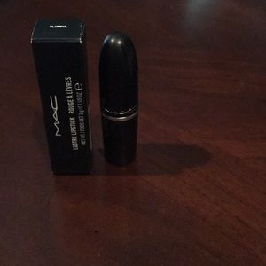Mac Lustre lipstick in Plumful